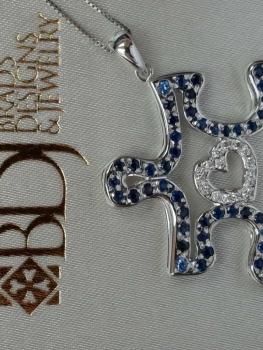 Photo of custom necklace Munster.