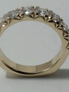 Photo of Northwest Indiana gold jewelry.