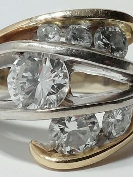 Photo of platinum and yellow gold jewelry Northwest Indiana.