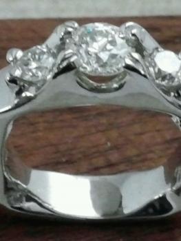 Photo of custom platinum ring Munster.