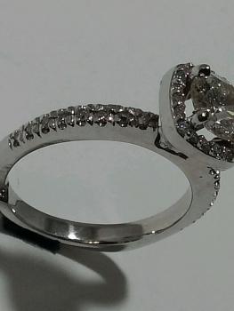 Photo diamond jewellery Northwest Indiana.