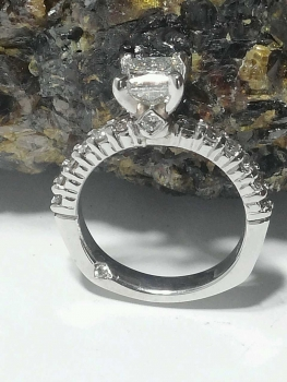 Photo of custom wedding ring Hobart.