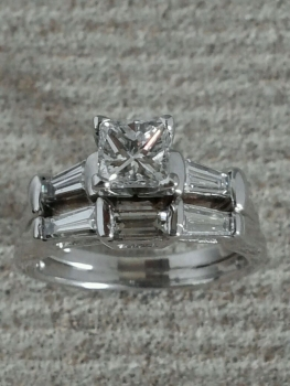 Photo platinum engagement ring Northwest Indiana.