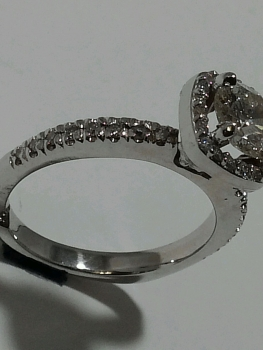 Photo diamond jewellery Northwest Indiana.