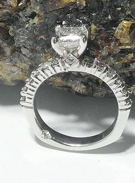 Photo of platinum engagement rings Northwest Indiana.